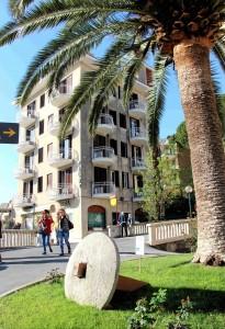 01) Hotel Paco 1