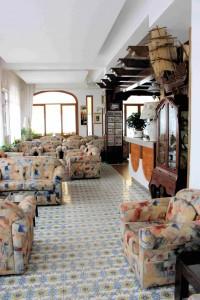 013) Hotellobby 13